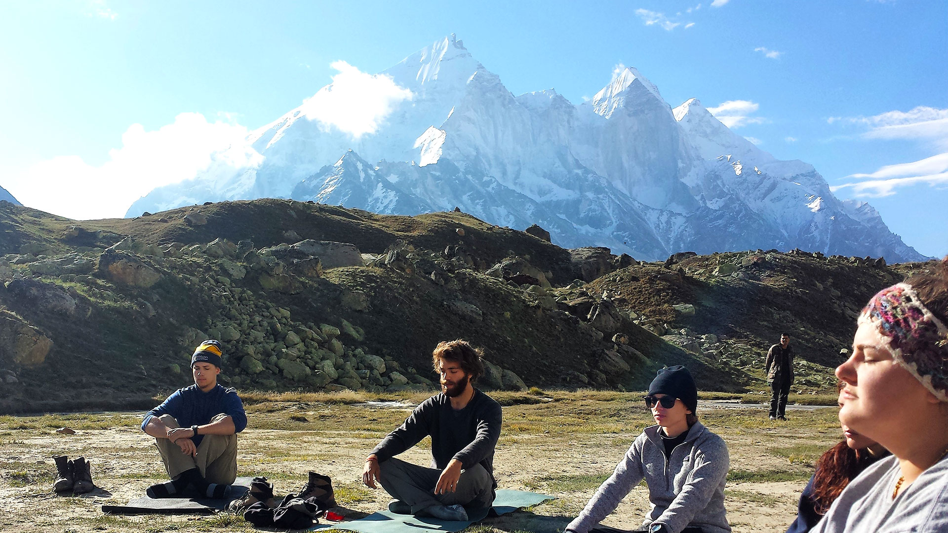 SMCM students meditate in the mountains on the India Study Tour
