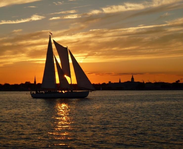 alumni-sailboat