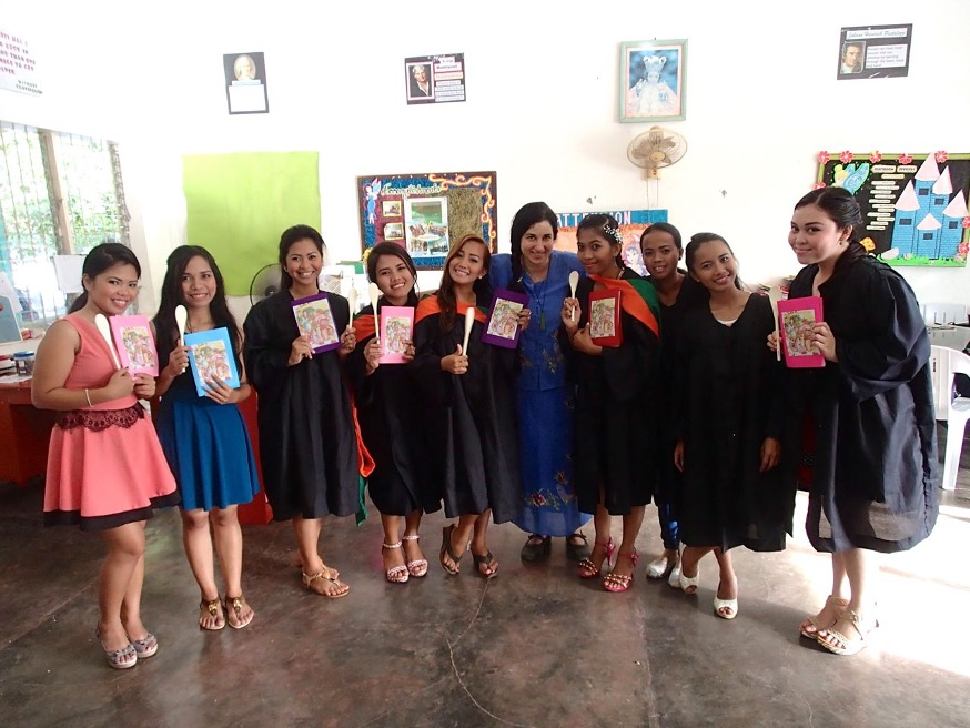 Forging-Friendships-in-the-Philippines