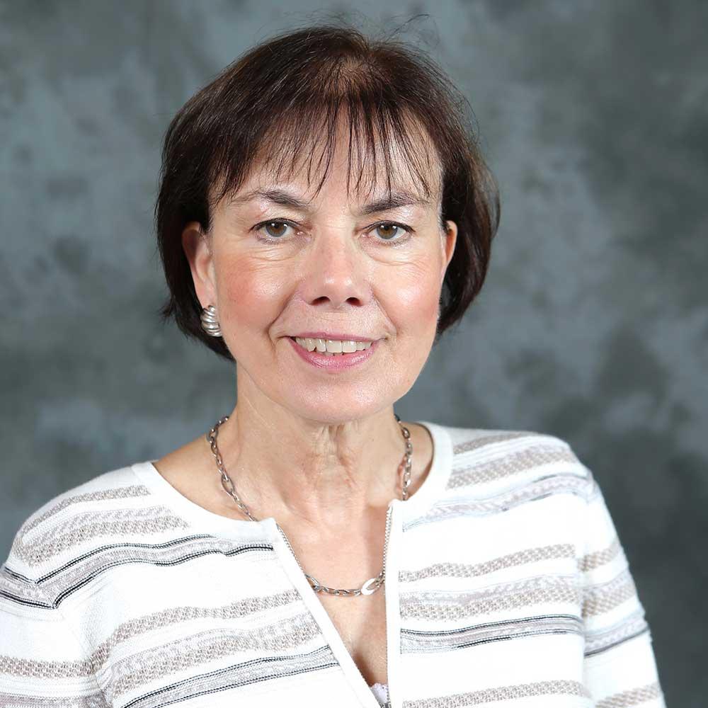 Bonnie Green 2017 Portrait