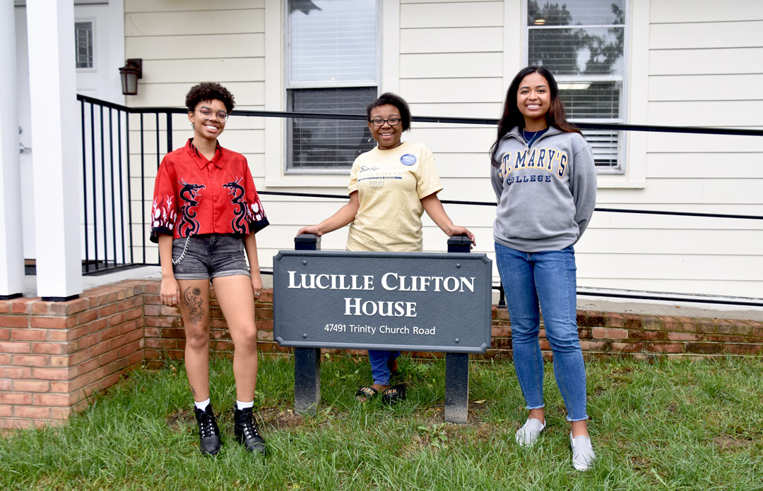 StRIDE Office Student Fellows outside Lucille Clifton House