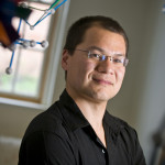 Prof. Kung Profiled in Wall Street Journal