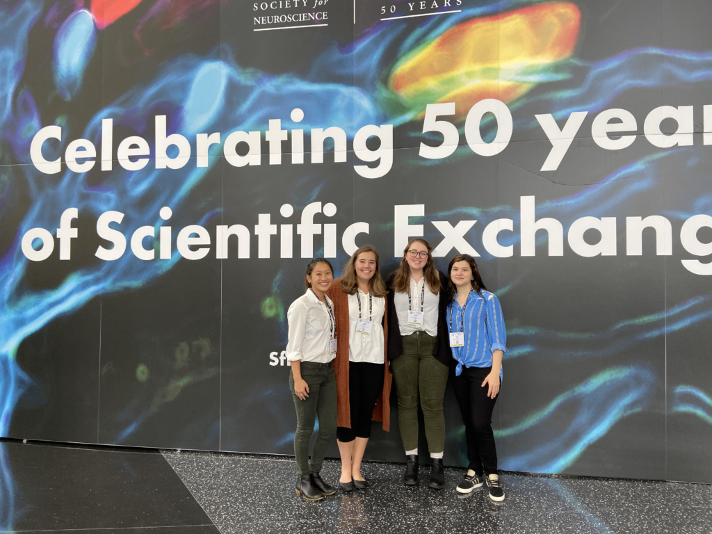 Psychology students and alumni attend Annual Meeting of Society for Neuroscience in November 2019
