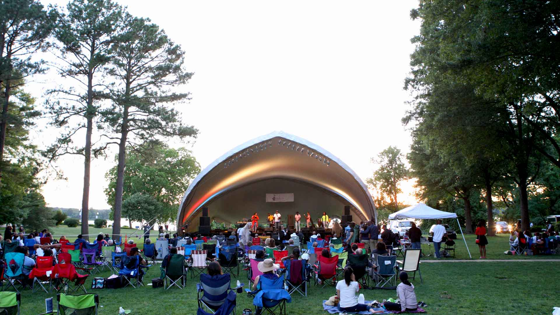 2019 Mulberry Music Festival, on the Townhouse Green