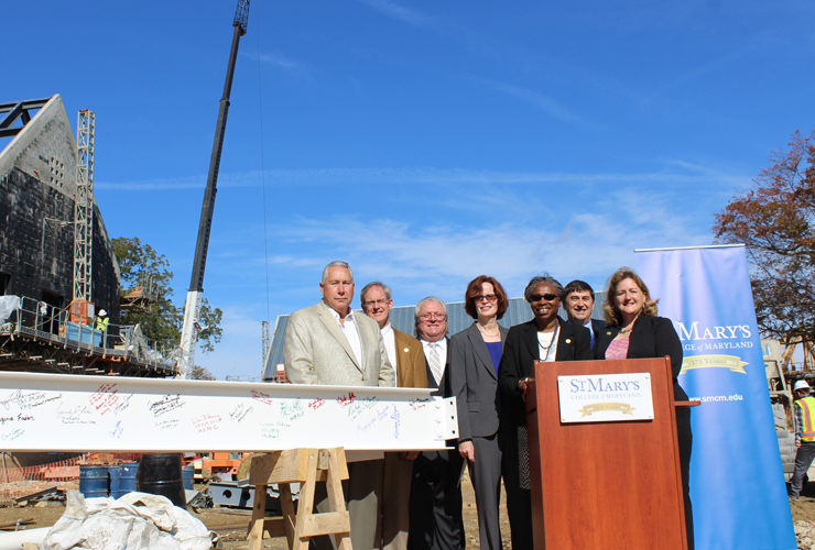 anne-arundel-hall-topping-out